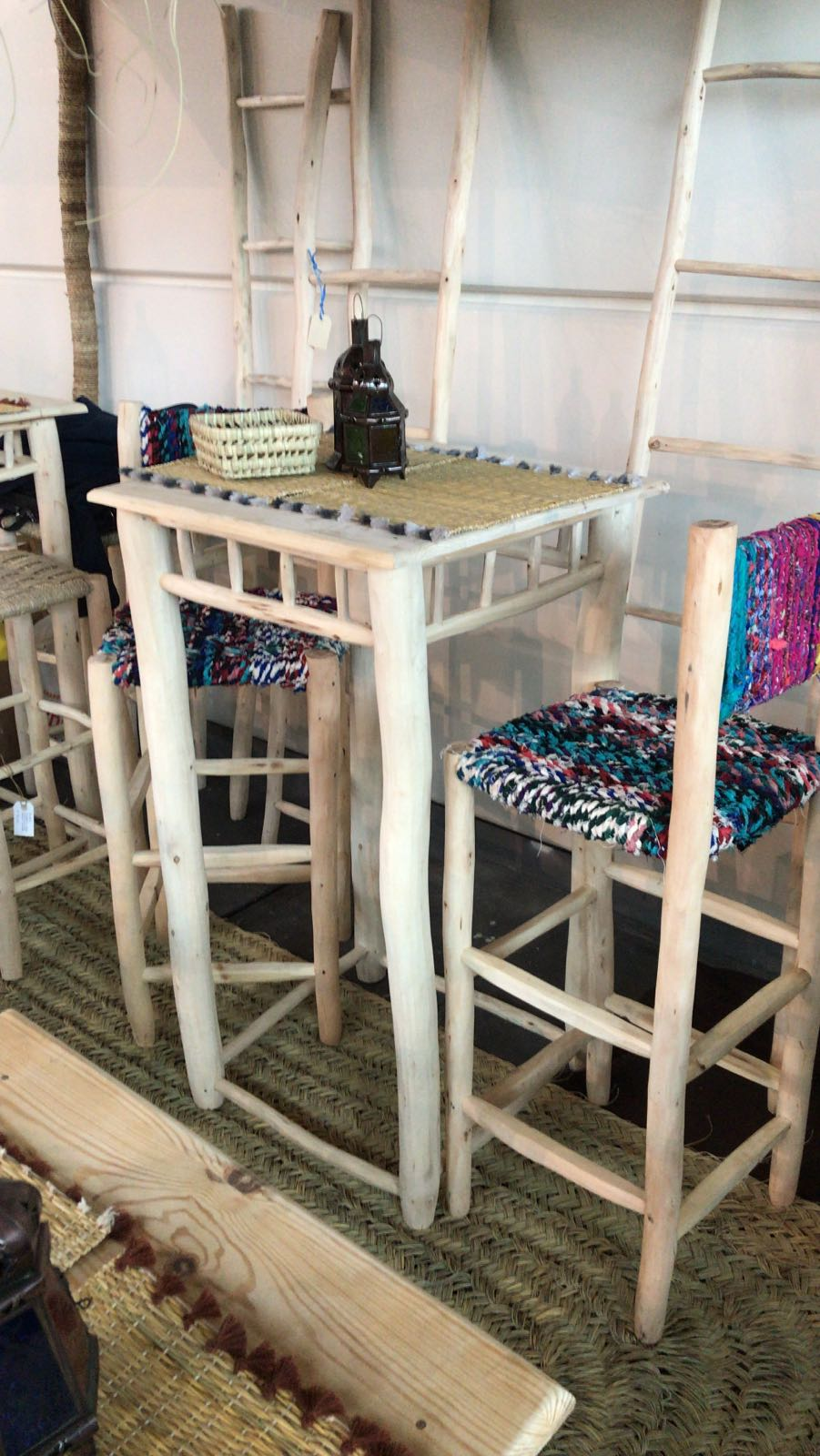 Tavolo in pioppo quadrato/rotondo alto