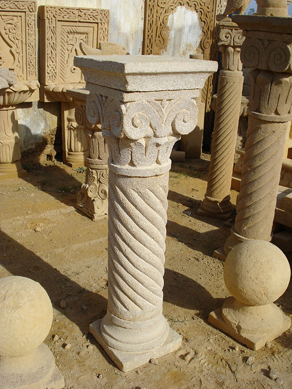 COLONNA Elicoidale e CAPITELLO con Fig. Gabbiano