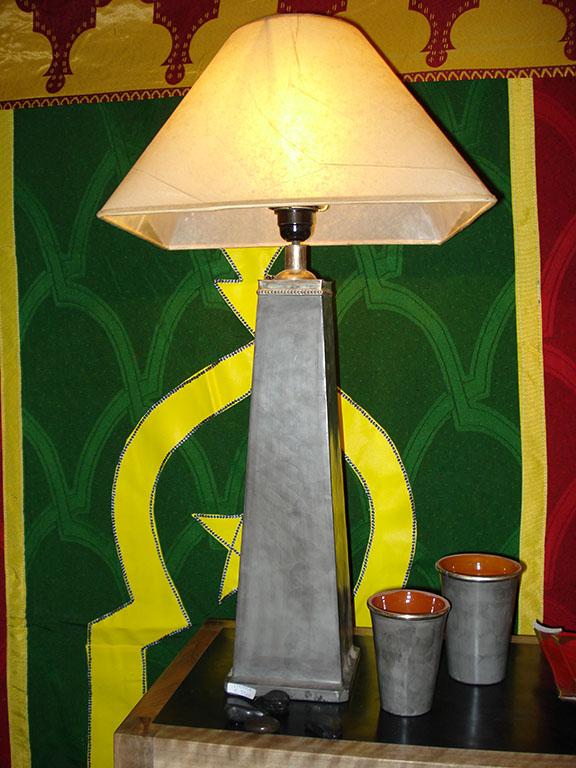 LAMPADA mod. Piramide in Tadelakt