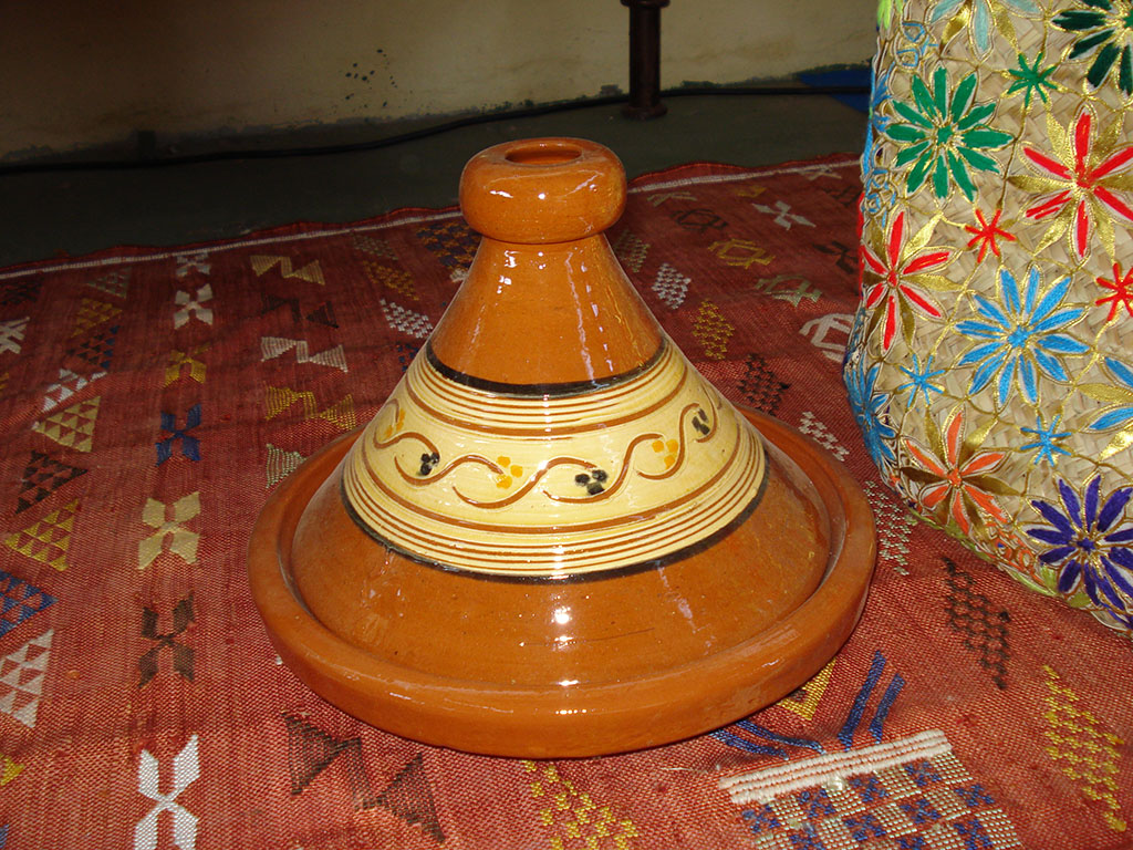 TAJINE in Terracotta  decorata